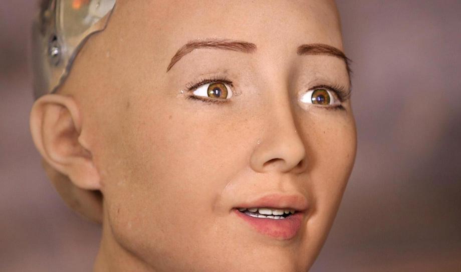София — человекоподобный робот