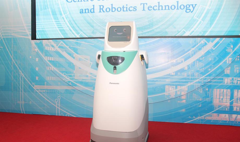 Дружелюбный робот-медсестра