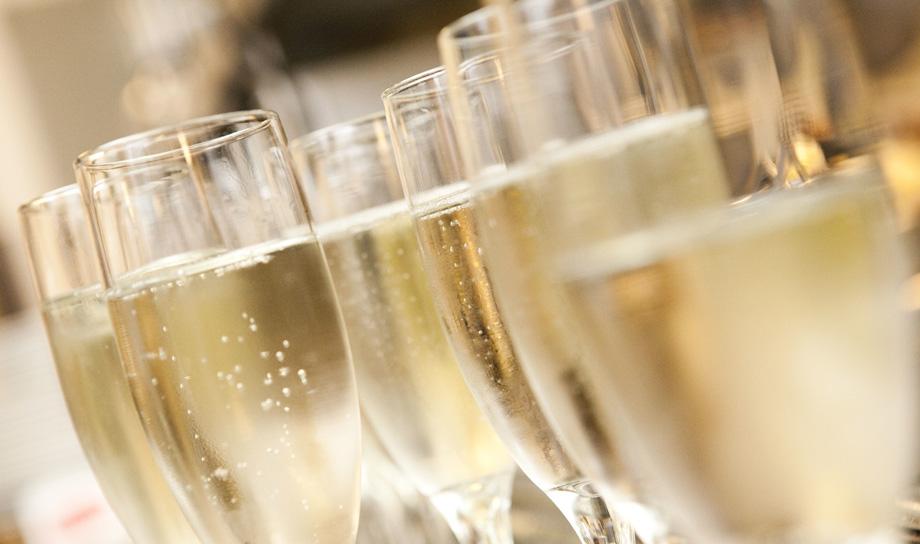 Доказана польза шампанского