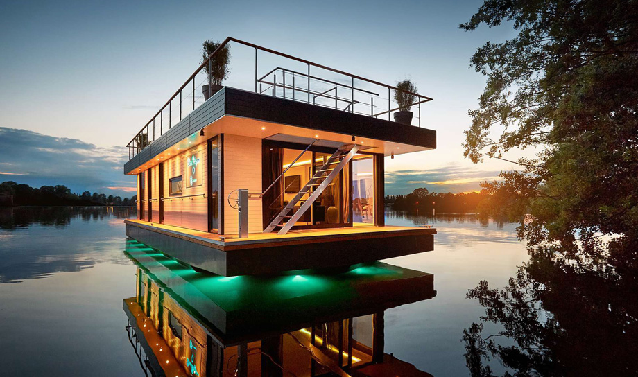 Rev House — плавающий дом
